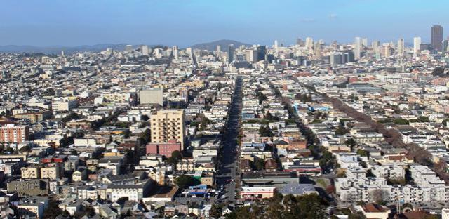 Looking North up South Van Ness Ave from Bernal Heights 2016-01-15 copyright Tom Roop